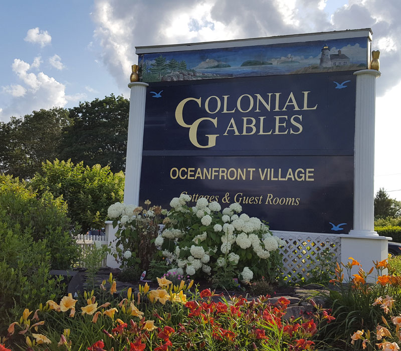 Colonial Gables sign